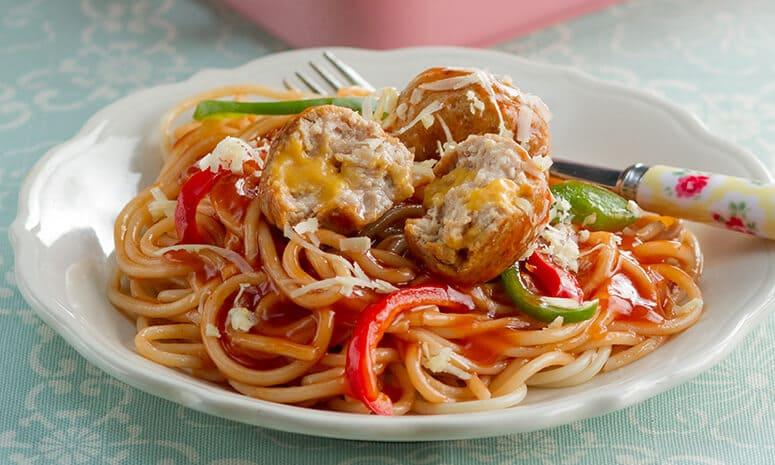 Cheesy Chicken Meatballs Spaghetti Recipe