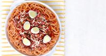 l2onggnisa_and_quail_eggs_spaghetti.jpg